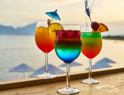What Type Of Cocktail Glasses Do You Need?